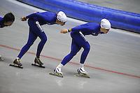 SCHAATSEN: HEERENVEEN: 16-06-2014, IJsstadion Thialf, Zomerijs training, Margot Boer, Karolina Erbanova (CZE), ©foto Martin de Jong
