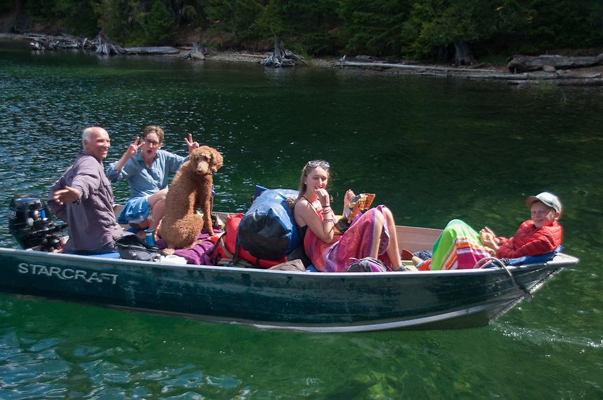 Britten, Kristen, Cedra, Olivia and Curran, Ross Lake National Recreation Area, North Cascades National Park, US