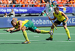 The Hague, Netherlands, June 15: Chris Ciriello #5 of Australia scores a penalty corner to tie the game at 1-1 during the field hockey gold match (Men) between Australia and The Netherlands on June 15, 2014 during the World Cup 2014 at Kyocera Stadium in The Hague, Netherlands. Final score 6-1 (2-1)  (Photo by Dirk Markgraf / www.265-images.com) *** Local caption *** Chris Ciriello #5 of Australia, Eddie Ockenden #11 of Australia