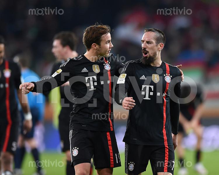 Fussball  1. Bundesliga  Saison 2014/2015  15. Spieltag  FC Augsburg - FC Bayern Muenchen     13.12.2014 Franck Ribery (re, FC Bayern Muenchen) diskutiert Mario Goetze (FC Bayern Muenchen)