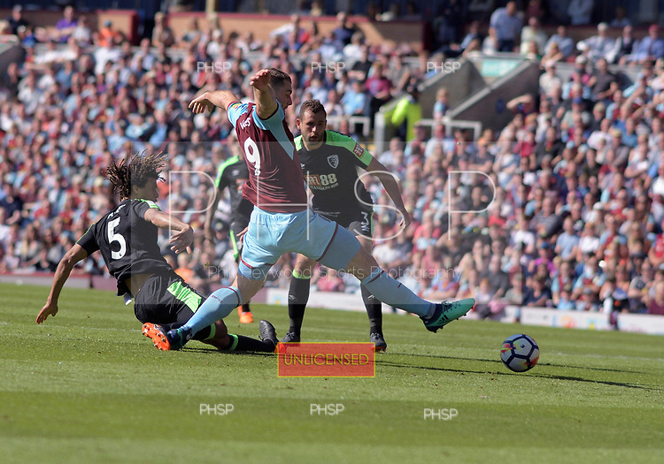 13/05/2018 Premier League Burnley v AFC Bournemouth<br /> <br /> Sam Vokes fails to make contact