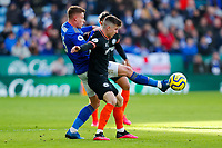 1st February 2020; King Power Stadium, Leicester, Midlands, England; English Premier League Football, Leicester City versus Chelsea; Harvey Barnes of Leicester City and Mason Mount of Chelsea compete for the ball