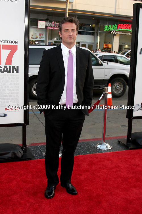 Matthew Perry   arriving at the 17 Again Premiere at Grauman's Chinese Theater in Los Angeles, CA on April 14, 2009.©2009 Kathy Hutchins / Hutchins Photo....                .