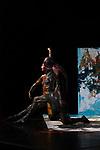 Chor&eacute;graphie David Wampach en collaboration avec Tamar Shelef<br /> Danse Tamar Shelef, David Wampach<br /> El&eacute;ments plastiques Rachel Garcia<br /> R&eacute;flexions dramaturgiques Marie Orts<br /> Conseils artistiques Dalila Khatir, Christian Ubl<br /> Lumi&egrave;re Nicolas Boudier<br /> Son Gaspard Guilbert<br /> Musique additionnelle Nisennenmondai, Toutestbeau / Erwan Ha Kyoon Larcher<br /> Compagnie : Association Achles<br /> Date : 13/06/2018<br /> Lieu : Jardin de l&rsquo;&eacute;v&ecirc;ch&eacute;<br /> Ville : Uz&egrave;s