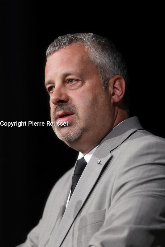 Martin Brunelle<br /> , V-P principal du mouvement Desjardins <br />  au Gala Phenicia de la Chambre de Commerce LGBT du Qu&eacute;bec, tenu au Parquet de la Caisse de Depots et Placements du Quebec, jeudi, 26 mai 2016.<br /> <br /> <br /> PHOTO : Pierre Roussel -  Agence Quebec Presse