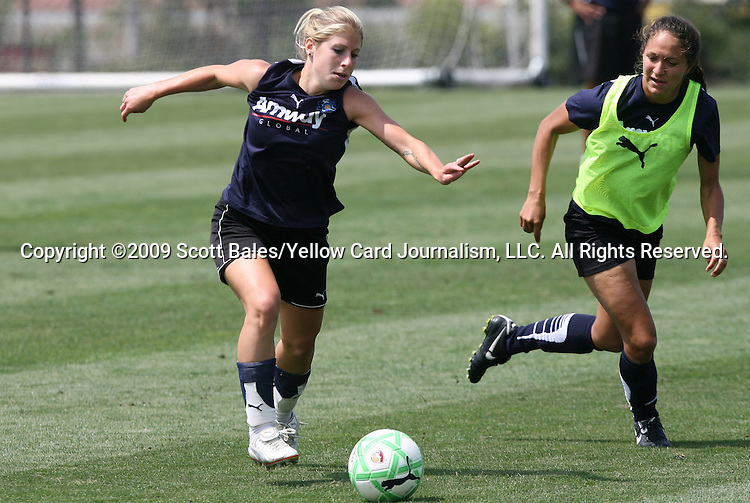 21 August 2009: LA's McCall Zerboni (left) and Stephanie Cox (right). The Los Angeles Sol held a training session at the Home Depot Center in Carson, California one day before playing Sky Blue FC in the inaugural Women's Professional Soccer Championship Game.