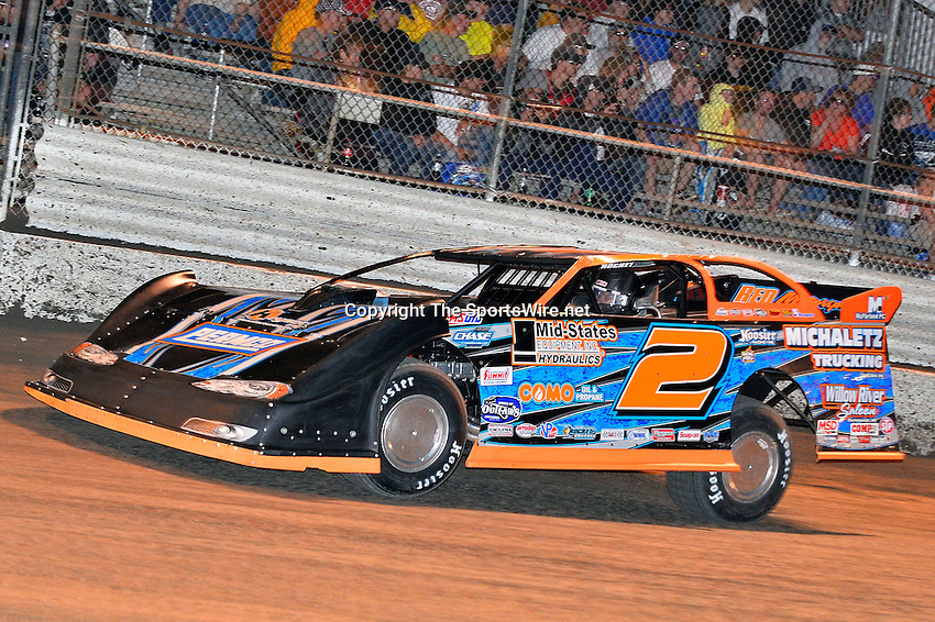 Feb 20, 2014; 9:21:42 PM;  Barberville, FL, USA;  World of Outlaws Late Model Series for 43rd Annual DIRTcar Nationals presented by Summit Racing Equipment at Volusia Speedway Park.  Mandatory Credit: (thesportswire.net)