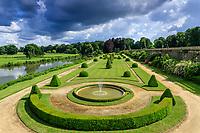 France, Sarthe (72), Le Lude, château et jardins du Lude, le Jardin Bas et le Loir