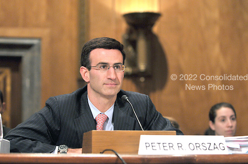 Washington, D.C. - January 14, 2009 -- Peter Orszag testifies before the United States Senate Committee on Homeland Security and Governmental Affairs on his nomination as Director of the Office of Management and Budget (OMB) in Washington, D.C. on Wednesday, January 14, 2009..Credit: Ron Sachs / CNP