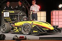 """SPR16 """"Melody"""" wird von Team Capitain Benedikt Langer von der Scuderia Mensa der Öffentlichkeit im Opel Auditorium vorgestellt"""