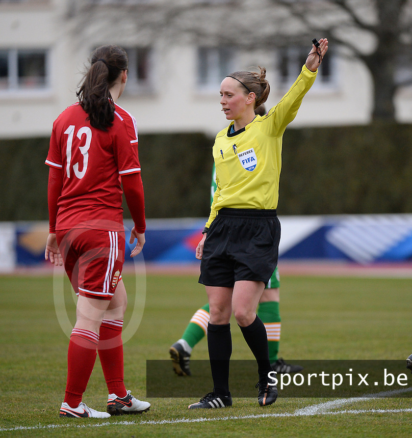 20160319 - BAYEUX , FRANCE : Referee Hannelore Onsea pictured during the soccer match between the women under 17 teams of The Republic of Ireland and Hungary , on the first matchday in group 3 of the UEFA Women Under17 Elite rounds at Stade Henry Jeanne in Bayeux , France . Saturday 19th March 2016 . PHOTO DIRK VUYLSTEKE
