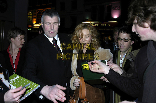 LISA KUDROW.At the London Lesbian & Gay Festival: Happy Endings - opening gala, Odeon Leicester Square, London, UK..March 29th, 2006.Ref: IA.half length fans minder funny face.www.capitalpictures.com.sales@capitalpictures.com.©Capital Pictures
