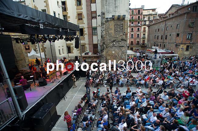 Escenario de la Plaza Trinidad  en el 47 Heineken Jazzaldia 2012