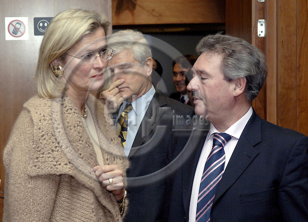 Brussels-Belgium - 12 December 2005---European Foreign Ministers meet at Council-level; here, Ursula PLASSNIK (le), Federal Minister for Foreign Affairs of Austria, with Jean ASSELBORN (ri), Deputy Prime Minister and Minister with responsibility for Foreign Affairs and Immigration of Luxembourg---Photo: Horst Wagner/eup-images