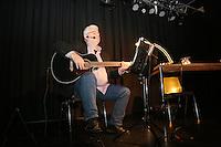 Michael Kibler singt die in seinen Büchern vorkommenden Lieder - Kibler liest und singt, Kulturcafe Gross-Gerau