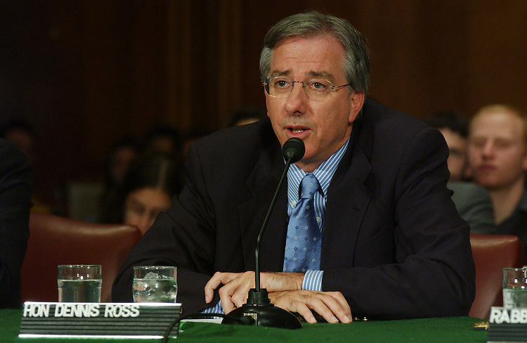 "10/15/03.MIDDLE EAST ROAD MAP--Dennis Ross, of The Washington Institute for Near East Policy, during the Senate Foreign Relations Near Eastern and South Asian Affairs Subcommittee hearing on the ""road map"" to peace for the Middle East..CONGRESSIONAL QUARTERLY PHOTO BY SCOTT J. FERRELL"