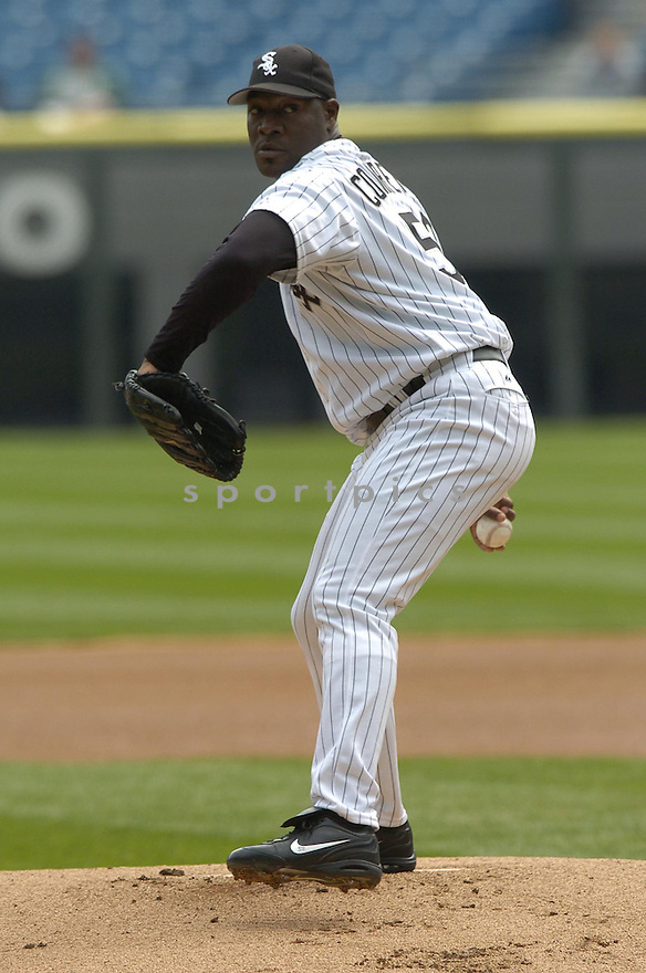 ..David Durochik / SportPics.Jose Contreras during the Chicago White Sox v. Cleveland Indians game on April 7, 2005...Indians win 11-5..David Durochik / SportPics