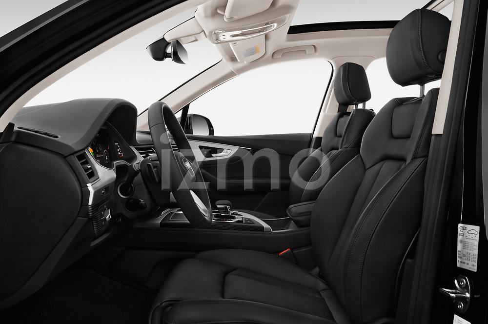 Front seat view of 2017 Audi Q7-e-Tron Avus 5 Door SUV Front Seat  car photos