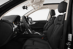 Front seat view of 2017 Audi Q7-e-Tron Avus 5 Door SUV Front Seat  car photos