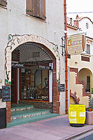 Wine shop. Cave Saint jacques. Banyuls sur Mer, Roussillon, France