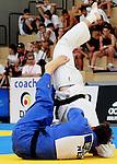Der Niederländer Jim Heijaman (blau) wirft den Deutschen Joris Kuger im Finale der Männer bis 81 Kilogramm beim European Cup im Judo am 28.8.2016 in Saabrücken.<br /> <br /> Foto © PIX-Sportfotos *** Foto ist honorarpflichtig! *** Auf Anfrage in hoeherer Qualitaet/Aufloesung. Belegexemplar erbeten. Veroeffentlichung ausschliesslich fuer journalistisch-publizistische Zwecke. For editorial use only.