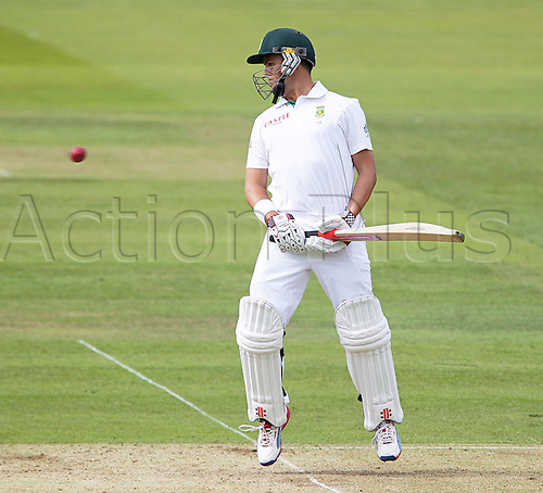 16.08.2012 London, England.  ..Jacques Rudolph watches a short one as it gains height during day one of the third test between England and South Africa from Lords.