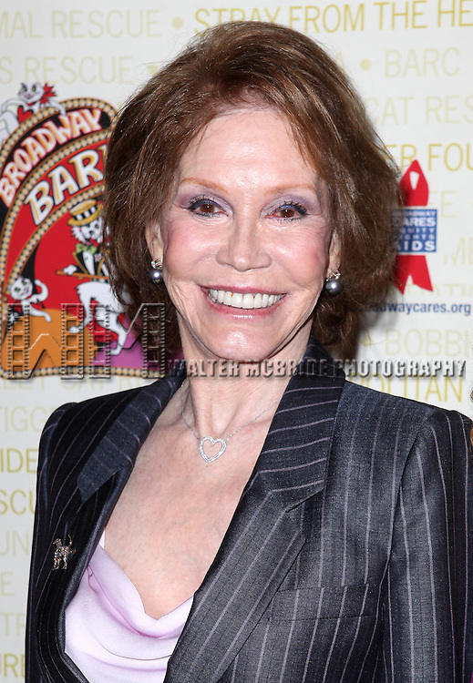 Mary Tyler Moore.backstage at Broadway Barks 14 at the Booth Theatre on July 14, 2012 in New York City. Marking its 14th anniversary, Broadway Barks!, founded by Bernadette Peters and Mary Tyler Moore helps many of New York City's shelter animals find permanent homes and also inform New Yorkers about the plight of the thousands of homeless dogs and cats in the metropolitan area.