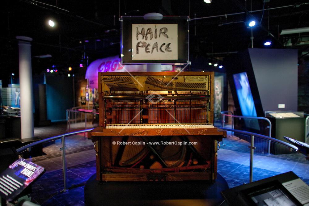 Rock & Roll Hall Of Fame Annex | Robert Caplin Photography