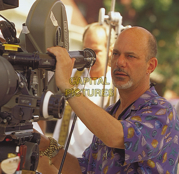 ROB COHEN (DIRECTOR).on the set of The Fast and the Furious (2001) .*Filmstill - Editorial Use Only*.CAP/FB.Supplied by Capital Pictures.