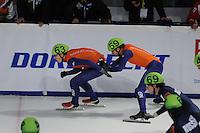 SCHAATSEN: DORDRECHT: Sportboulevard, Korean Air ISU World Cup Finale, 11-02-2012, Relay Men, Freek van der Wart NED (63), Daan Breeuwsma NED (59), ©foto: Martin de Jong