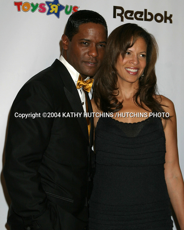 ©2004 KATHY HUTCHINS /HUTCHINS PHOTO.CAROUSEL OF HOPE GALA.BEVERLY HILLS, CA.OCTOBER 23, 2004..BLAIR UNDERWOOD AND WIFE DESIREE.