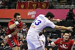 Marco Simovic vs Nikola Karabatic. Montenegro vs France: 20-32 - Preliminary Round - Group A