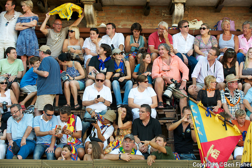 The Palio Siena 2011- La Giraffa cresce