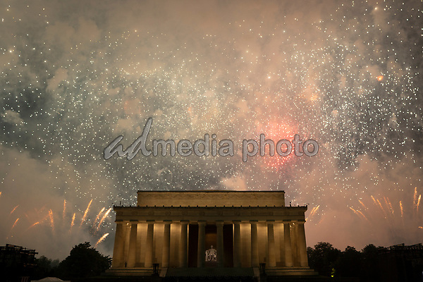 Washington DC holds its annual fireworks show at the Lincoln Memorial on July 4, 2019. Photo Credit: Stefani Reynolds/CNP/AdMedia