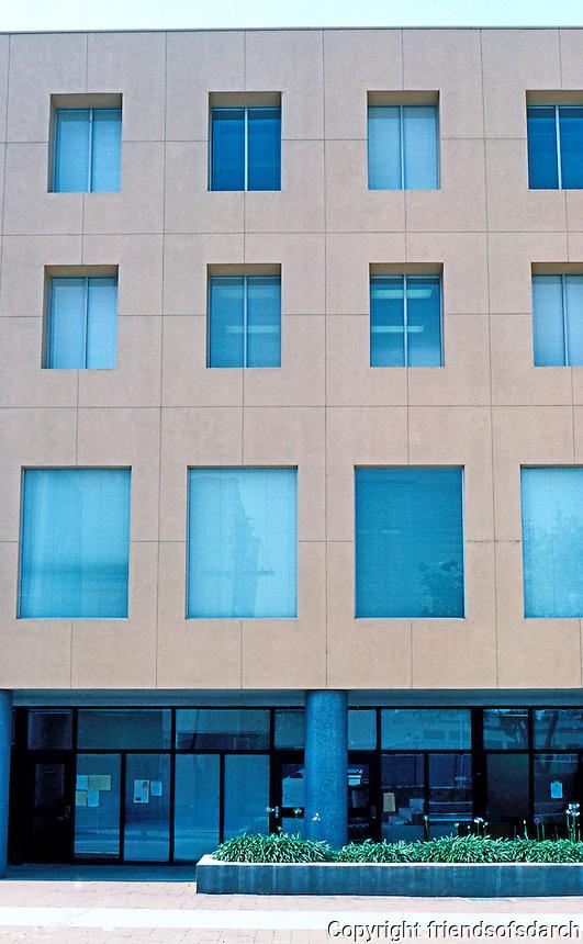 Frank Gehry: Loyola U. Law School. Main building--facade between stairs.  Photo '86.