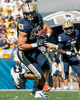 Pitt tight end Scott Orndoff. The Pitt Panthers football team defeated the Virginia Cavaliers 26-19 on Saturday October 10, 2015 at Heinz Field, Pittsburgh, Pennsylvania.