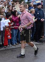 FUSSBALL   1. BUNDESLIGA   SAISON 2012/2013    Die Mannschaft des FC Bayern Muenchen besucht das Oktoberfest am 07.10.2012 Xherdan Shaqiri