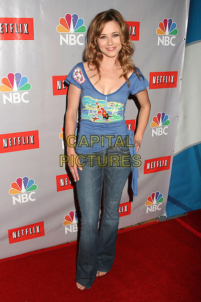 LINDA CARDELLINI.NBC Summer 2006 TCA Party,.Pasadena, California, USA, 22 July 2006..full length blue top jeans.Ref: ADM/BP.www.capitalpictures.com.sales@capitalpictures.com.©Byron Purvis/AdMedia/Capital Pictures.