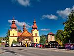 Ropa 07-10-2019 – Zabytkowy kościół św. Michała Archanioła we wsi Ropa położonej w województwie małopolskim, w dolinie rzeki Ropy, otoczona wzgórzami Beskidu Niskiego. Leży nad Ropą dopływem Wisłoki.