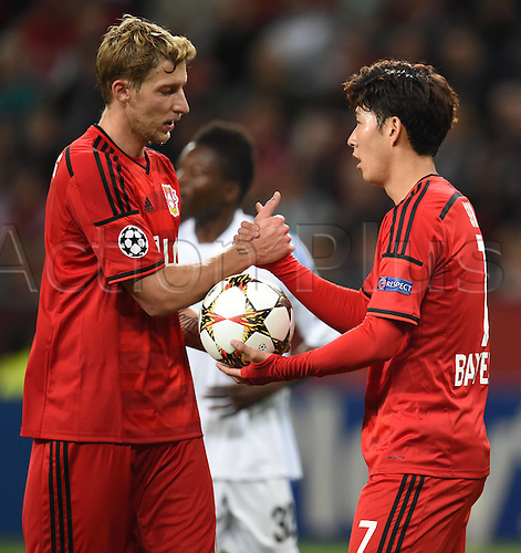 27.08.2014. Leverkusen, Germany. UEFA Champions League qualification match. Bayer Leverkusen versus FC Copenhagen.  Heung-Min Son, Heung Min Son (Bayer 04 Leverkusen), celebrates with Stefan Kiessling (Bayer 04 Leverkusen)