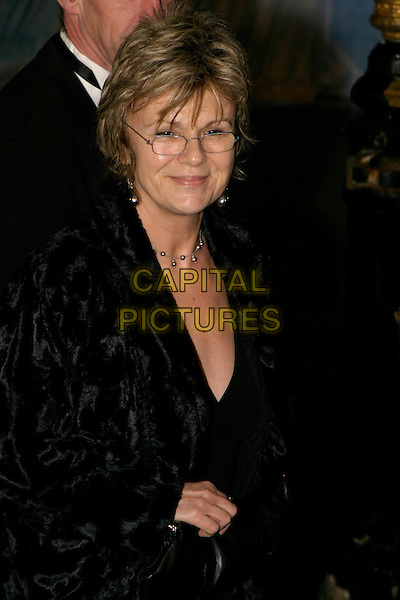 "JULIE WALTERS .""The Chronicles of Narnia: The Lion, The Witch & The Wardrobe"" - world premiere at the Royal Albert Hall, London, UK..December 7th, 2005.Ref: AH.half length glasses black.www.capitalpictures.com.sales@capitalpictures.com.©Capital Pictures"