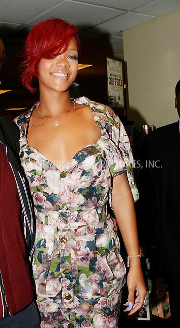WWW.ACEPIXS.COM . . . . .  ....October 27 2010, New York City....Singer Rihanna at a book signing at Barnes and Noble in Midtown Manhattan on October 27 2010 in New York City....Please byline: NANCY RIVERA- ACEPIXS.COM.... *** ***..Ace Pictures, Inc:  ..Tel: 646 769 0430..e-mail: info@acepixs.com..web: http://www.acepixs.com