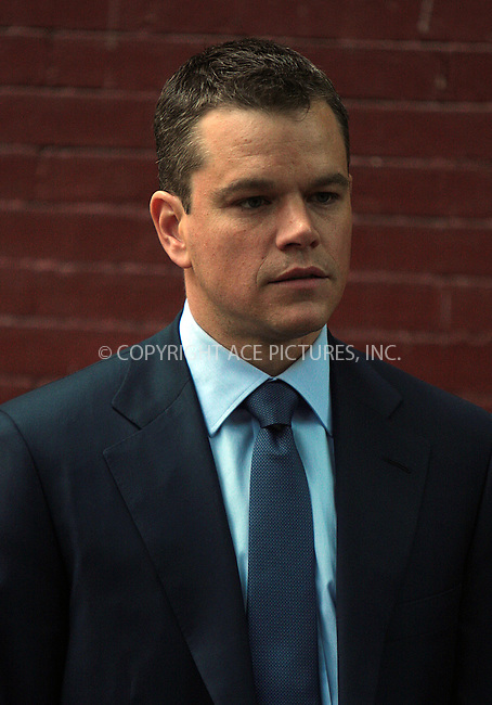 WWW.ACEPIXS.COM . . . . .  ....October 5 2009, New York City....Actor Matt Damon on the West Village set of the new movie 'The Adjustment Bureau' on October 5 2009 in New York City....Please byline: AJ Sokalner - ACEPIXS.COM.... *** ***..Ace Pictures, Inc:  ..(212) 243-8787 or (646) 769 0430..e-mail: picturedesk@acepixs.com..web: http://www.acepixs.com
