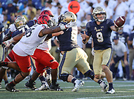 Annapolis, MD - September 23, 2017: Navy Midshipmen quarterback Zach Abey (9) pitches the ball during the game between Cincinnati and Navy at  Navy-Marine Corps Memorial Stadium in Annapolis, MD.   (Photo by Elliott Brown/Media Images International)