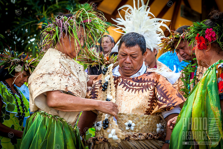 Makirau Haurua in traditional costume during his investiture with the Teurukura Ariki title, Aitutaki Island, Cook Islands.