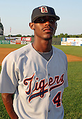 August 14, 2003:  Vince Blue of the Oneonta Tigers, Class-A affiliate of the Detroit Tigers, during a NY-Penn League game at Falcon Park in Auburn, NY.  Photo by:  Mike Janes/Four Seam Images