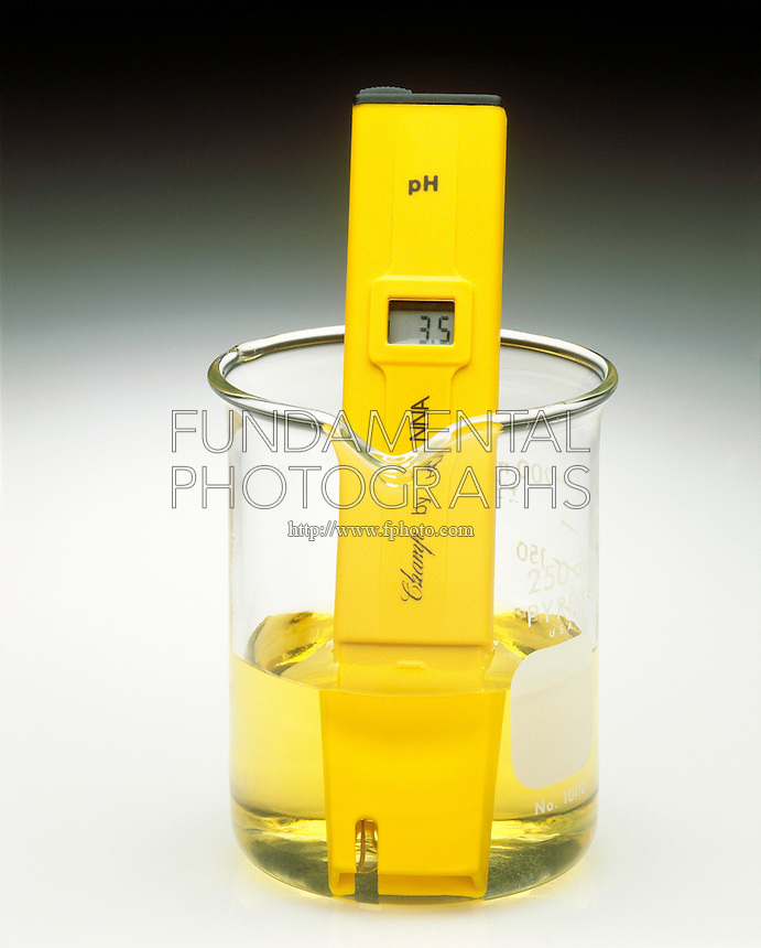 pH METER &amp; INDICATOR: BROMOTHYMOL BLUE pH Range 3.5-9.5<br /> (3 of 3)<br /> Ammonium chloride(aq) has a pH &lt;7. Indicator color is yellow.