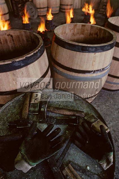 Europe/France/Poitou-Charentes/16/Charente/Cognac/Tonnellerie Seguin Moreau : Les outils de travail<br /> PHOTO D'ARCHIVES // ARCHIVAL IMAGES<br /> FRANCE 1990