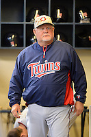 Minnesota Twins manager Ron Gardenhire #35 during a game against the Milwaukee Brewers at Miller Park on May 27, 2013 in Milwaukee, Wisconsin.  Minnesota defeated Milwaukee 6-3.  (Mike Janes/Four Seam Images)