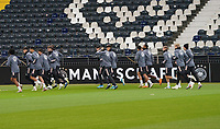 Warmlaufen - 18.11.2019: Deutschland Abschlusstraining, Commerzbank Arena Frankfurt, EM-Qualifikation DISCLAIMER: DFB regulations prohibit any use of photographs as image sequences and/or quasi-video.